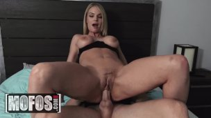 Blonde Milf Rachael Cavalli liebt Cuckhold Life